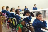 bambini stranieri scuola aprilia